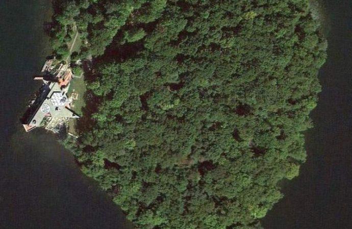 Descubre la isla en forma de corazón que Angelina Jolie le regaló a Brad Pitt